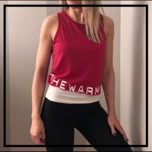 🆕 Stylish Red Athletic Crop Top